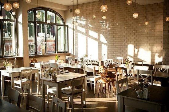 Berlin Café Casino - 72676