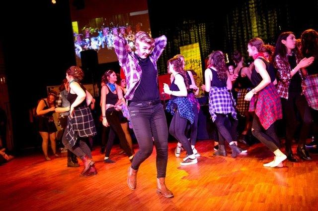 Dance im Casino - 45244