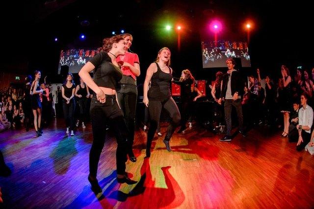 Dance im Casino - 46427